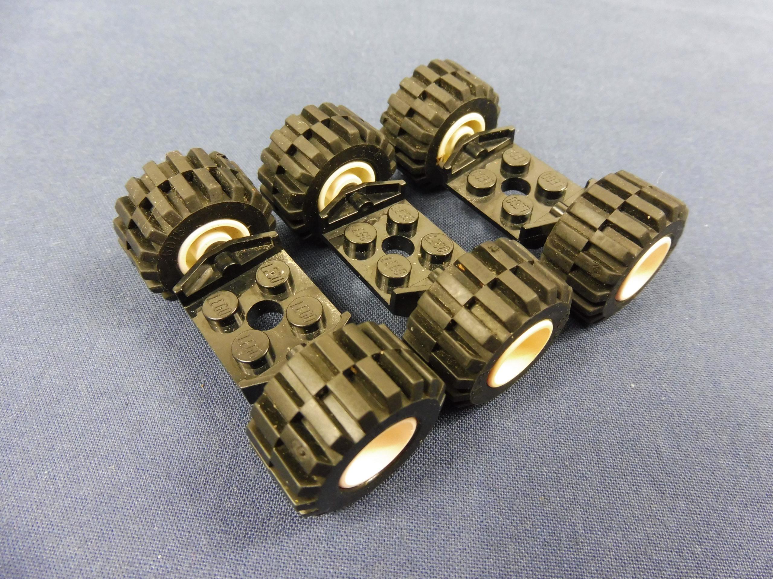 4 x Lego System Rad schwarz 17.5 x 6 Felge 11mm D x 6mm mit 5 Speichen silber R